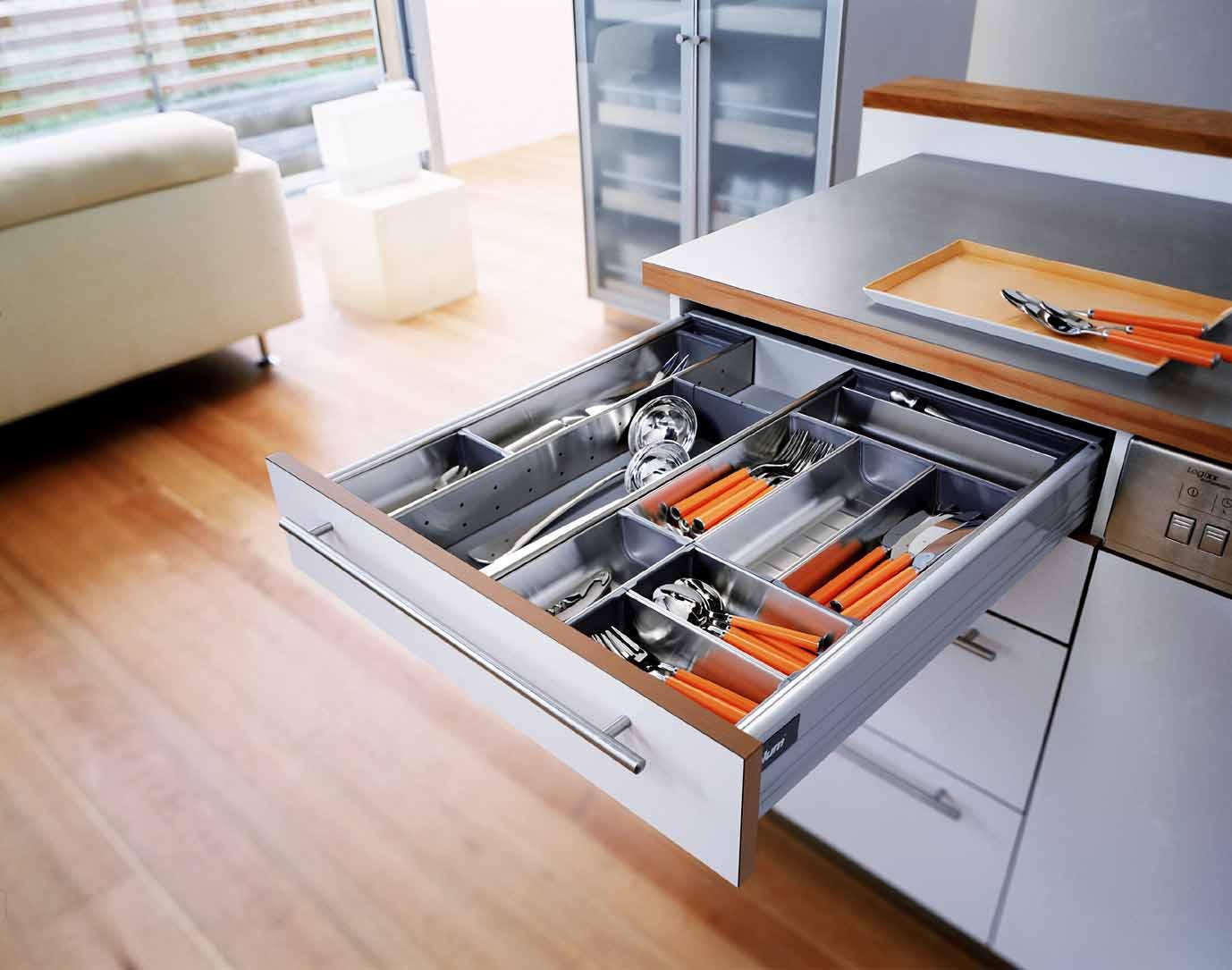 blum фурнитура для мебели кухни фото