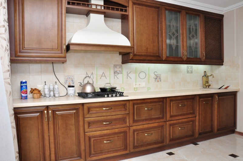 мебель с дерева для кухни изготовленная на заказ по индивидуальному дизайну от Маркос