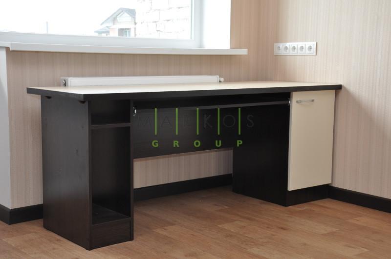 стол для кабинета изготовленная по индивидуальному дизайну на заказ
