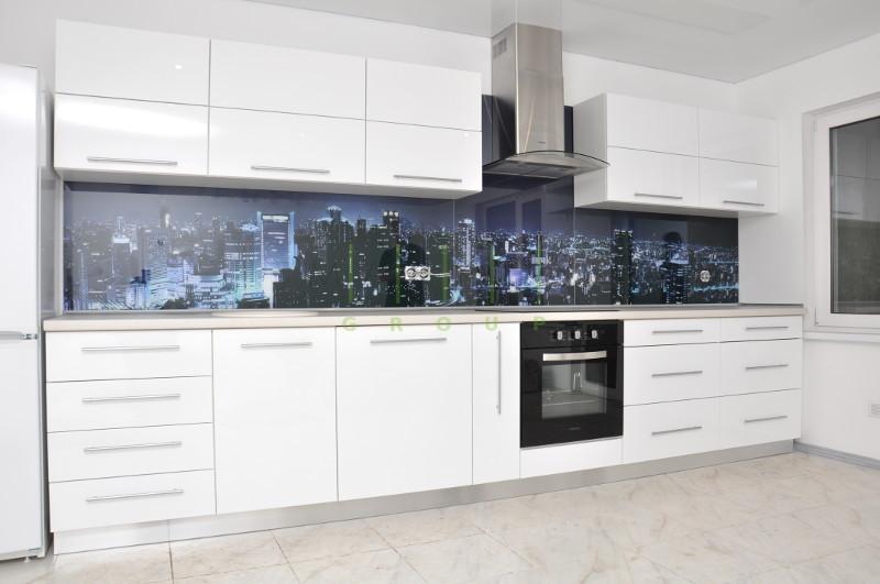 мебель для кухни в белом цвете изготовленная на заказ в Черкассах