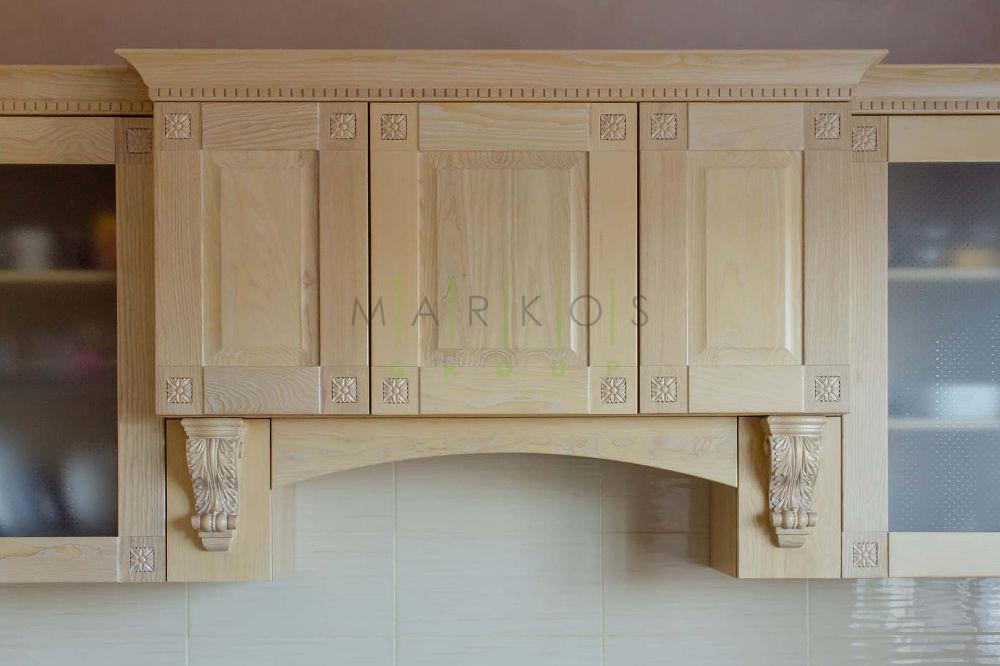 фото мебели сделанной для кухни под заказ из натурального дерева