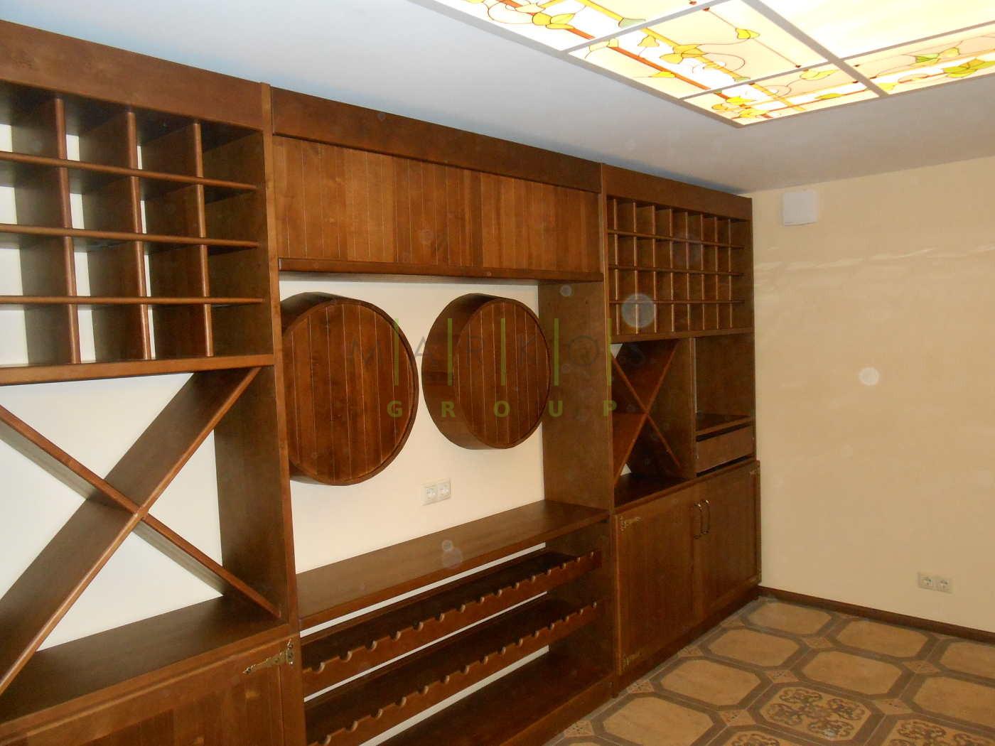 мебель для винного погреба изготовленная на заказ фото