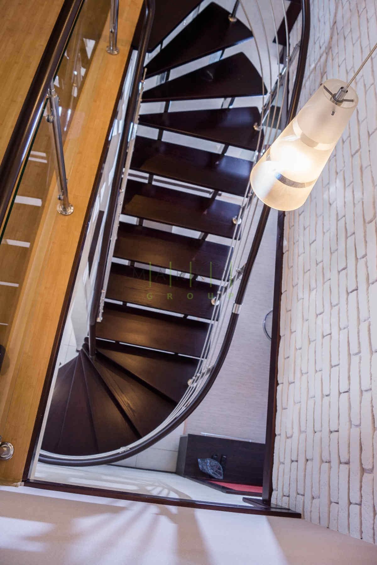 Лестницы на заказ в Черкассах фото