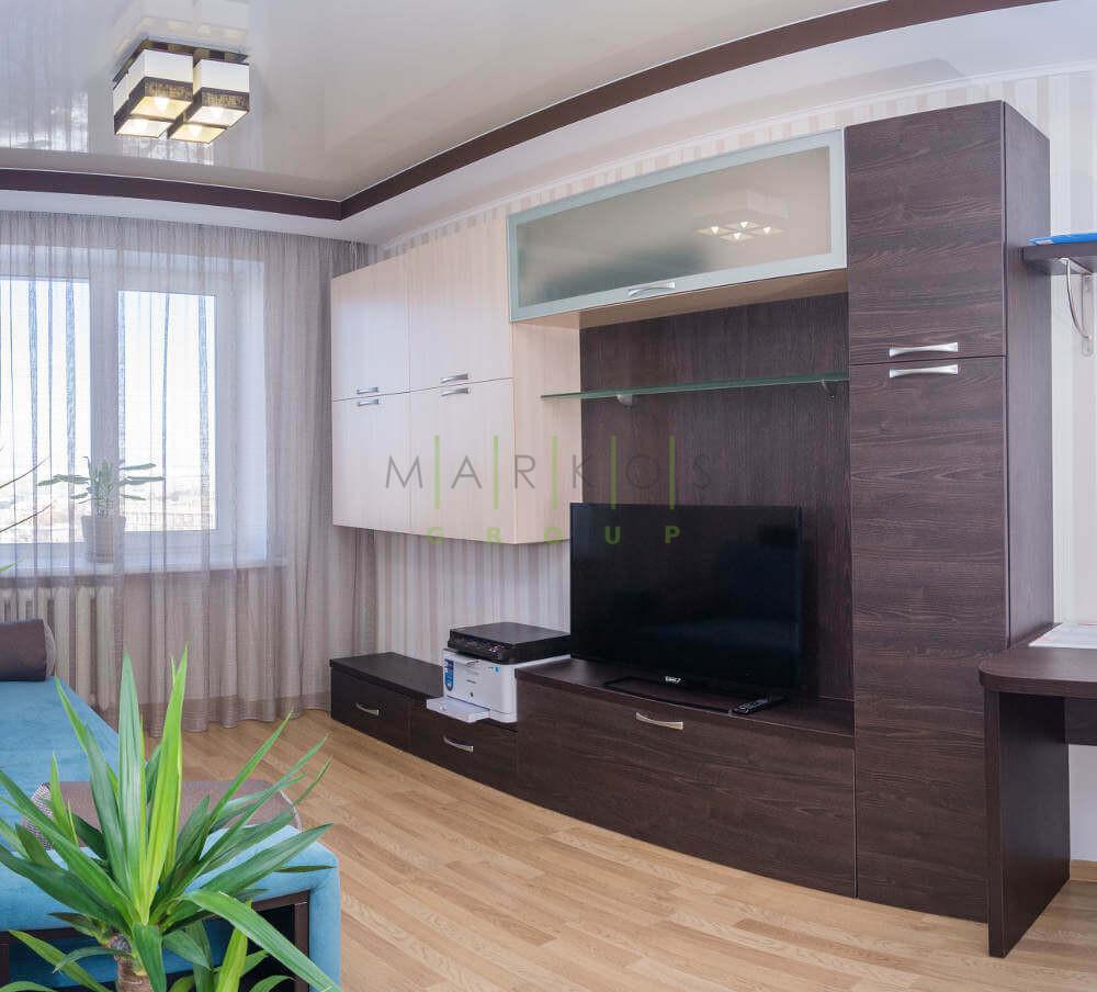 корпусная мебель изготовлена для кабинета в Черкассах