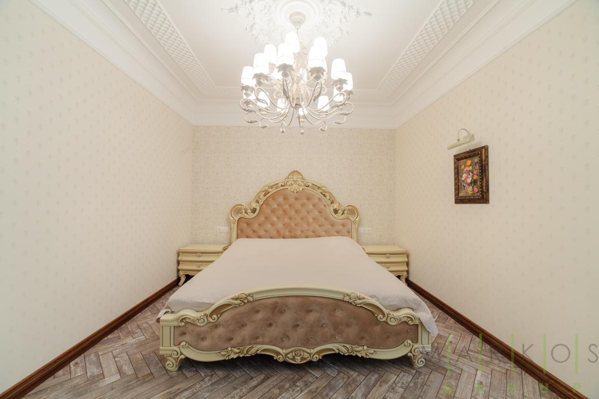 фото кровати сделанной на заказ в Черкассах